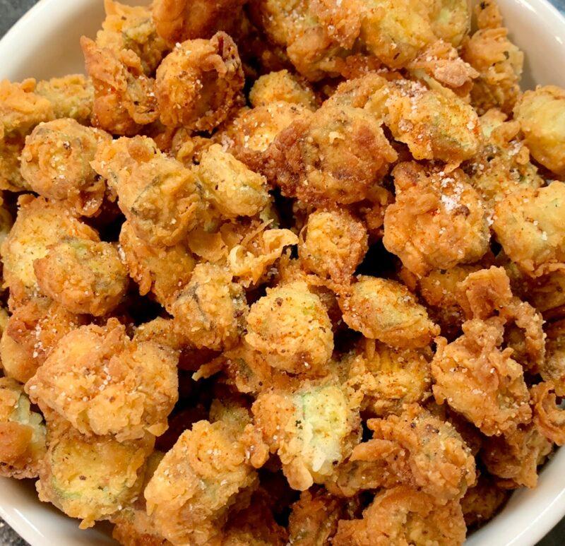 fried okra ready to serve